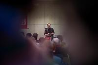 GroKo oder NoGroKo? – Diskussionsveranstaltung der Jusos Marzahn-Hellersdorf, Jusos Lichtenberg und Jusos Treptow-Koepenick mit dem Juso-Vorsitzenden Kevin Kuehnert am Dienstag den 20. Februar 2018 in Berlin-Hellersdorf.<br /> 20.2.2018, Berlin<br /> Copyright: Christian-Ditsch.de<br /> [Inhaltsveraendernde Manipulation des Fotos nur nach ausdruecklicher Genehmigung des Fotografen. Vereinbarungen ueber Abtretung von Persoenlichkeitsrechten/Model Release der abgebildeten Person/Personen liegen nicht vor. NO MODEL RELEASE! Nur fuer Redaktionelle Zwecke. Don't publish without copyright Christian-Ditsch.de, Veroeffentlichung nur mit Fotografennennung, sowie gegen Honorar, MwSt. und Beleg. Konto: I N G - D i B a, IBAN DE58500105175400192269, BIC INGDDEFFXXX, Kontakt: post@christian-ditsch.de<br /> Bei der Bearbeitung der Dateiinformationen darf die Urheberkennzeichnung in den EXIF- und  IPTC-Daten nicht entfernt werden, diese sind in digitalen Medien nach §95c UrhG rechtlich geschuetzt. Der Urhebervermerk wird gemaess §13 UrhG verlangt.]