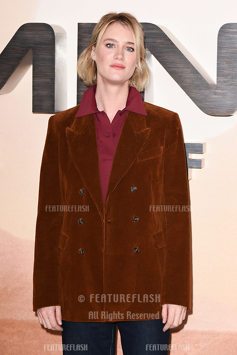 "LONDON, UK. October 17, 2019: Mackenzie Davis at the ""Terminator: Dark Fate"" photocall, London.<br /> Picture: Steve Vas/Featureflash"