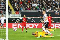 Sandro Wagner (Deutschland Germany) mit der Chance zum 2:0 - 08.10.2017: Deutschland vs. Asabaidschan, WM-Qualifikation Spiel 10, Betzenberg Kaiserslautern