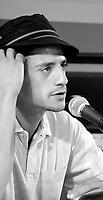 ID :   pr_000831C_185 et 201<br /> ConfÈrence de presse   Alizaoua(CO )  France-Maroc-Belgique<br /> Said Taghmoui, acteur<br /> MENTION OBLIGATOIRE :  © Pierre Roussel, 2000