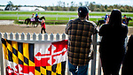 LAUREL, MARYLAND - OCTOBER 22: Fans watch from the apron on Maryland Million Day at Laurel Park on October 22, 2016 in Laurel, Maryland. (Photo by Scott Serio/Eclipse Sportswire/Getty Images)