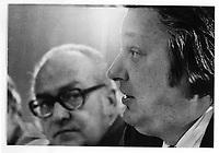 Fernand Daoust et Louis Laberge en arriere plan, le 1 decembre 1974<br /> <br /> PHOTO : Alain Renaud - Agence Quebec Presse<br /> <br /> Les images commandees seront recadrees lorsque requis
