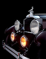 Detail of the front of a 1929 Packard.