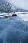 En route pour le lac Emmuraillé sur les hauteurs du fjord Saguenay. Quebec en hiver. Canada