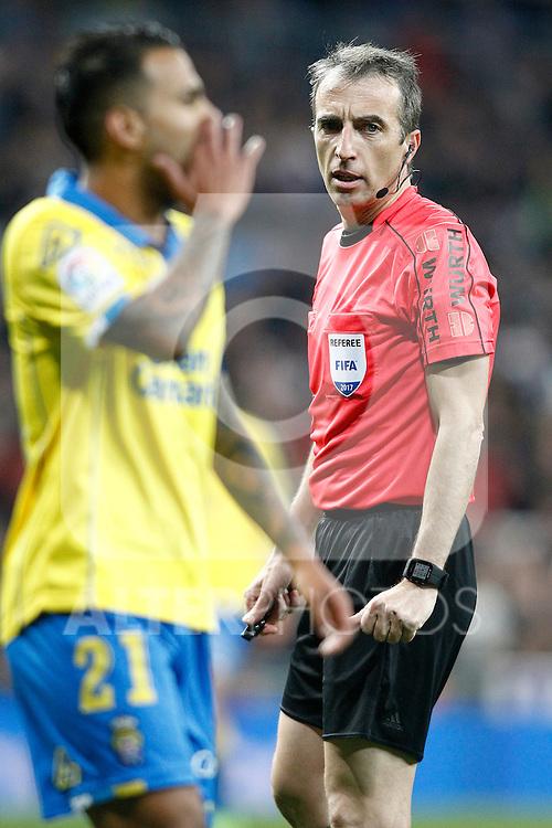 Spanish referee David Fernandez Borbalan during La Liga match. March 1,2017. (ALTERPHOTOS/Acero)