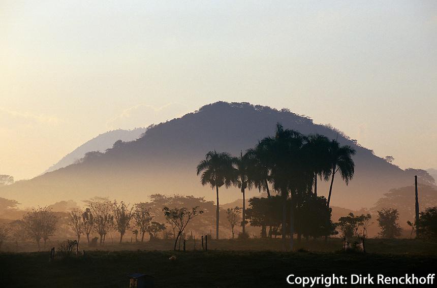 Dominikanische Republik, Morgenstimmung in der Sierra del Seibo