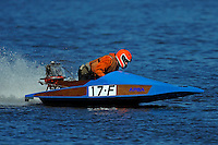 17-F  (Outboard Runabout)