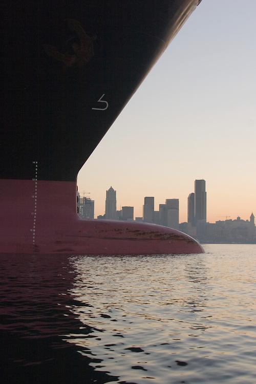 Seattle, Container Ship, Port of Seattle, skyline, sunrise, Elliott Bay, ship bow, international shipping, trade, maritime industry,