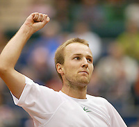 25-2-06, Netherlands, tennis, Rotterdam, ABNAMROWTT, Christophe Rochus defeats  Jarkko Nieminen