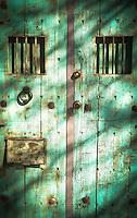 Turquoise Gate - Arizona (vertical)