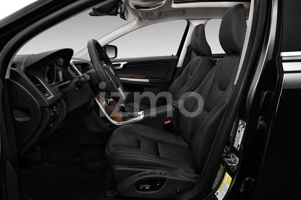 Front seat view of 2017 Volvo XC60 Inscription 5 Door SUV Front Seat  car photos
