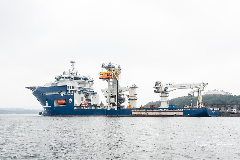The North Sea Giant ship berthed at Marino Point in the Port of Cork