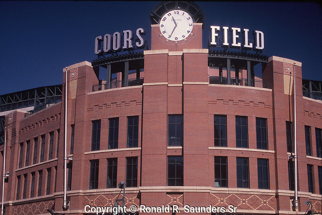 EXTERIOR OF DENVERS COORS FIELD