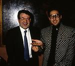 ROMANO PRODI CON ROBERTO D0AGOSTINO<br /> PREMIO MINERVA - JACKIE O' CLUB ROMA 1986