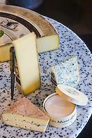 Europe/France/Franche-Comté/25/Doubs/Pontarlier: Boutique de la  Fromagerie Petite _ Plateau de Fromage: AOP Comté, AOP Morbier, AOP Bleu de Gex, AOP Mont d'Or // France, Doubs, Pontarlier, Cheese Shop:  Fromagerie Petite -  Plateau de Fromage: AOP Comté, AOP Morbier, AOP Bleu de Gex, AOP Mont d'Or