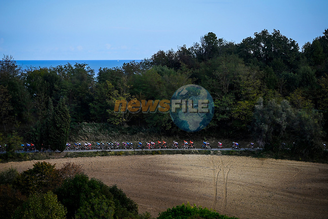 The peloton during Stage 11 of the 103rd edition of the Giro d'Italia 2020 running 182km from Porto Sant'Elpidio to Rimini, Italy. 14th October 2020.  <br /> Picture: LaPresse/Fabio Ferrari | Cyclefile<br /> <br /> All photos usage must carry mandatory copyright credit (© Cyclefile | LaPresse/Fabio Ferrari)