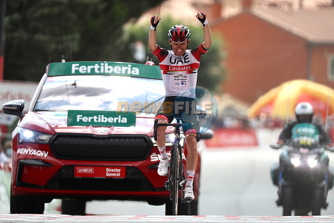 Rafal Majka (POL) UAE Team Emirates wins solo Stage 15 of La Vuelta d'Espana 2021, running 197.5km from Navalmoral de la Mata to El Barraco, Spain. 29th August 2021.     <br /> Picture: Luis Angel Gomez/Photogomezsport | Cyclefile<br /> <br /> All photos usage must carry mandatory copyright credit (© Cyclefile | Luis Angel Gomez/Photogomezsport)