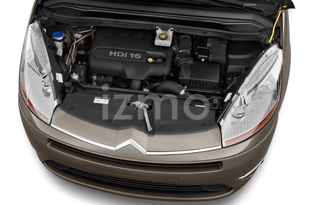High angle engine detail of a 2010 Citroen GRAND C4 PICASSO Millenium 5 Door Minivan 2WD