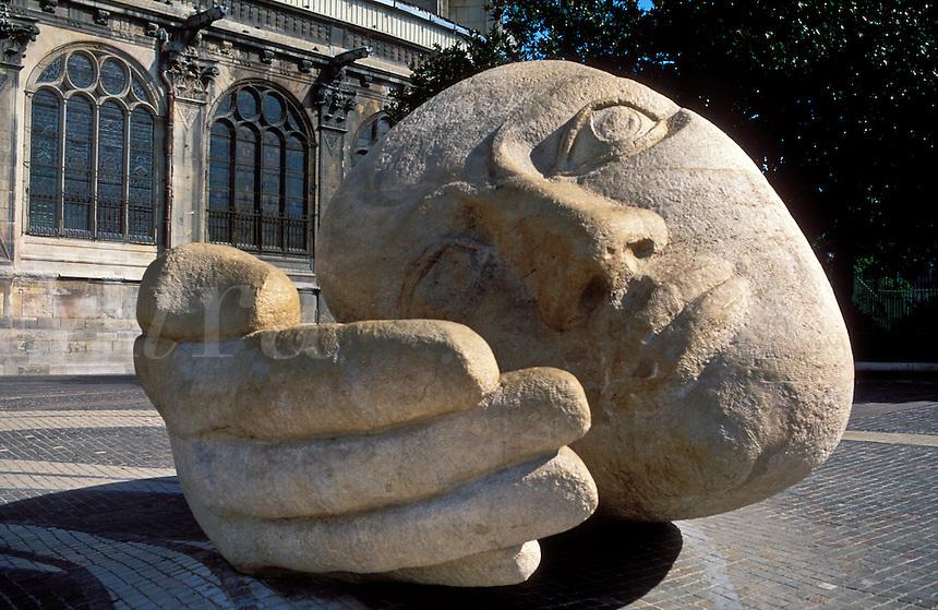 France,Paris,St-Eustache and sculptured head, L'Ecoute, by Henri de Miller