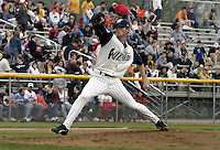 April 21, 2004:  Sean Thompson of the Fort Wayne Wizards, Midwest League (Low-A) affiliate of the San Diego Padres, during a game at Memorial Stadium in Fort Wayne, IN.  Photo by:  Mike Janes/Four Seam Images