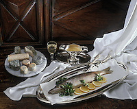 Europe/France/Pays de la Loire/44/Loire-Atlantique: Brochet au beurre blanc et fromage de chèvre de la vallée de la Loire