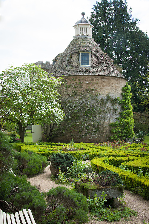 Pigeon House and parterre, Rousham House and Garden.