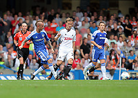 Pictured: Mark Gower of Swansea (R) is marked by Raul Meireles of Chelsea (L). Saturday 17 September 2011<br />