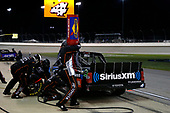 NASCAR Camping World Truck Series<br /> TheHouse.com 225<br /> Chicagoland Speedway, Joliet, IL USA<br /> Friday 15 September 2017<br /> Christopher Bell, SiriusXm Toyota Tundra pit stop<br /> World Copyright: Russell LaBounty<br /> LAT Images