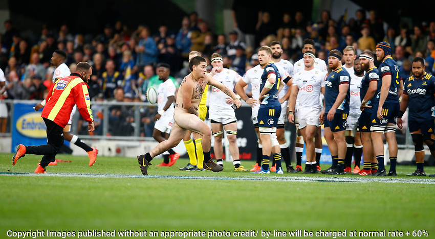 General views during the Super Rugby match between the Pulse Energy Highlanders and the Cell C Sharks from the Forsyth Barr Stadium,Dunedin,New Zealand 7th February 2020. (Photo Steve Haag Sports -Hollywoodbets)
