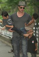 New York, NY 8-26-07 Brad Pitt leaving the playground with his kids. Photo By John Barrett/PHOTOlink
