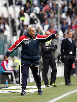 Calcio, Serie A: Juventus vs Carpi. Torino, Juventus Stadium, 1 maggio 2016.<br /> Carpi's coach Fabrizio Castori gives indications to his players during the Italian Serie A football match between Juventus and Carpi at Turin's Juventus Stadium, 1 May 2016. Juventus won 2-0.<br /> UPDATE IMAGES PRESS/Isabella Bonotto