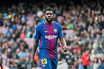 Samuel Umtiti of FC Barcelona looks on during the La Liga 2017-18 match between FC Barcelona and Valencia CF at Camp Nou on 14 April 2018 in Barcelona, Spain. Photo by Vicens Gimenez / Power Sport Images