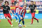 Antoine Griezmann (C) of Atletico de Madrid i action during their La Liga match between Atletico de Madrid vs Athletic de Bilbao at the Estadio Vicente Calderon on 21 May 2017 in Madrid, Spain. Photo by Diego Gonzalez Souto / Power Sport Images