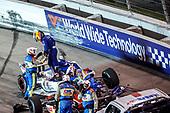#10: Alex Palou, Chip Ganassi Racing Honda, Crash
