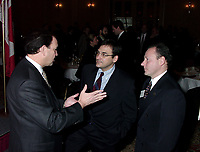 Montreal, 1999-11-27.<br /> From left to Right : Claude Martel (President &CEO of Inno-Centre), The Honorable Martin Cauchon (Secretry of State for Economic DEveloppement - Quebec and Serge Bragdon ( President of the board of Inno Centre and President of Transcontinental Dustribution Inc.<br /> <br /> <br /> PHOTO : Agence Quebec Presse<br /> <br /> Digital Camera Image