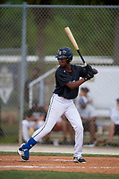 Heison Sanchez during the WWBA World Championship at the Roger Dean Complex on October 19, 2018 in Jupiter, Florida.  Heison Sanchez is a shortstop from San Juan, Dominican Republic who attends Cenapec High School.  (Mike Janes/Four Seam Images)