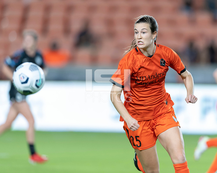 HOUSTON, TEXAS - SEPTEMBER 10: Katie Naughton #25 of the Houston Dash chases after a loose ball during a game between Chicago Red Stars and Houston Dash at BBVA Stadium on September 10, 2021 in Houston, Texas.