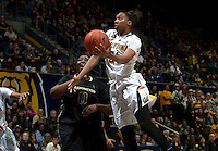 Courtney Range of California shoots the ball during the game against Washington at Haas Pavilion in Berkeley, California on March 1st, 2014.   Washington defeated California, 70-65.