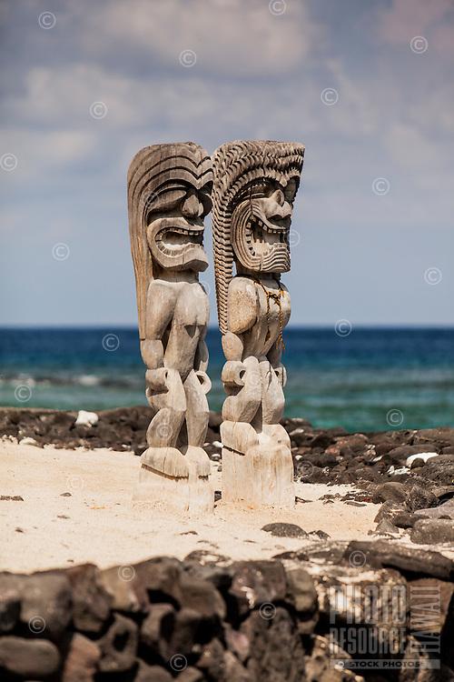 Ki'i (statues) in Pu'uhonua o Honaunau National Historical Park (City of Refuge), Big Island.