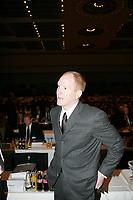 DFB-Sportdirektor Matthias Sammer<br /> 39. Ordentlicher DFB-Bundestag in der Rheingoldhalle<br /> *** Local Caption *** Foto ist honorarpflichtig! zzgl. gesetzl. MwSt. Es gelten ausschließlich unsere unter <br /> <br /> Auf Anfrage in hoeherer Qualitaet/Aufloesung. Belegexemplar an: Marc Schueler, Am Ziegelfalltor 4, 64625 Bensheim, Tel. +49 (0) 6251 86 96 134, www.gameday-mediaservices.de. Email: marc.schueler@gameday-mediaservices.de, Bankverbindung: Volksbank Bergstrasse, Kto.: 151297, BLZ: 50960101