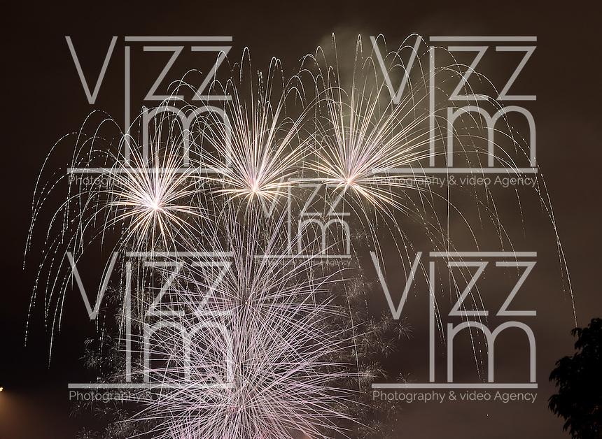 BOGOT-COLOMBIA. Fuegos pirotécnicos para celebrar la llegada del nuevo año. Fireworks to celebrate the arrival of the new year  Photo: VizzorImage