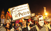 BOGOTA -COLOMBIA, 13-01-2014.Seguidores de Gustavo Petro protestan en la Plaza de Bolivar al ser confirmada la destitucion e inhabilidad que le impuso el procurador general de La Nacion. Gustavo Petro supporters protest in the Plaza de Bolivar to be confirmed that the dismissal and disability imposed Attorney General La Nacion. Photo: VizzorImage / Felipe Caicedo / Staff