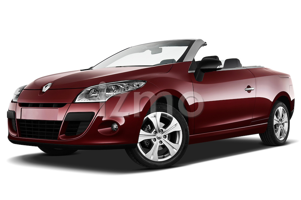 Low aggressive front three quarter view of a 2010 Renault Megane Coupe Convertible.