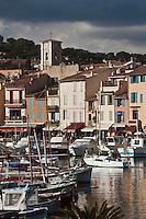 Europe/France/Provence-Alpes-Côte d'Azur/13/Bouches-du-Rhône/Cassis: le village et le port