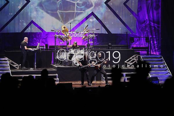 """Brasília (DF), 04/12/2019 - Dream Theater - A banda norte-americana um dos gigantes do rock/metal progressivo mundial. O show faz parte da turnê """"The Distance Over Time Tour - Celebrating 20 years of Scenes From A Memory, realizado nessa quarta-feira(04), no Centro de Convenções Ulysses Guimarães."""