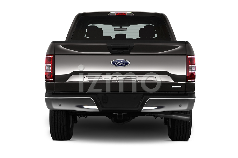 Straight rear view of a 2018 Ford F-150 XLT SuperCab 6-1/2 Box 2 Door Pick Up stock images