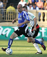 4 June 2005: Chris Aloisi of Earthquakes in action against DC United at Spartan Stadium in San Jose, California.  Earthquakes tied DC United, 0-0.  Credit: Michael Pimentel / ISI
