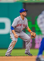 27 July 2013: New York Mets infielder Omar Quintanilla in action against the Washington Nationals at Nationals Park in Washington, DC. The Nationals defeated the Mets 4-1. Mandatory Credit: Ed Wolfstein Photo *** RAW (NEF) Image File Available ***