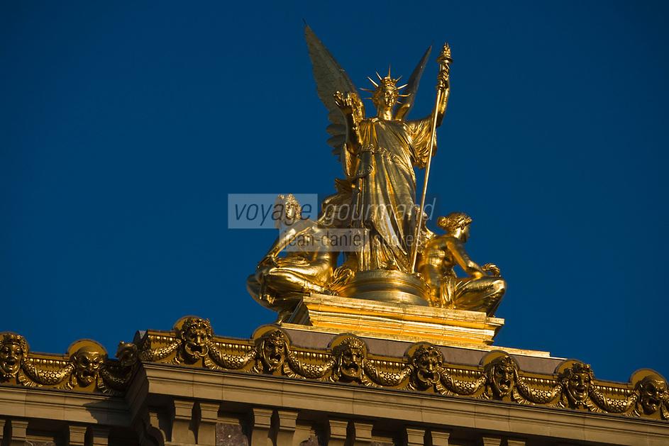 Europe/France/Ile-de-France/75008 /Paris: L'Opéra de Paris- Opéra Garnier -Détail de la Statue de l'Harmonie par Guernery  //  Europe / France / Ile-de-France / 75008 / Paris: The Opéra de Paris- Opéra Garnier -Detail of the Statue of Harmony by Guernery
