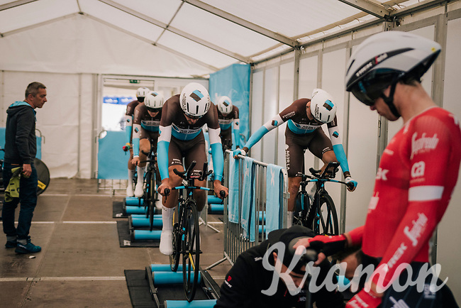 Team AG2R-La Mondiale on the rollers in the backstage tent / prerace<br /> <br /> UCI MEN'S TEAM TIME TRIAL<br /> Ötztal to Innsbruck: 62.8 km<br /> <br /> UCI 2018 Road World Championships<br /> Innsbruck - Tirol / Austria